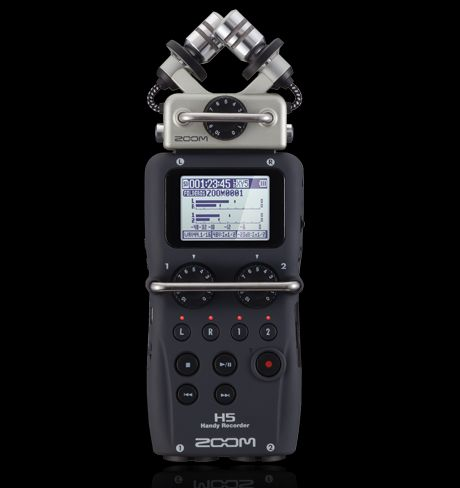 The Zoom H5 features a new X/Y stereo capsule, with extended signal capacity of up to 140 dB SPL.